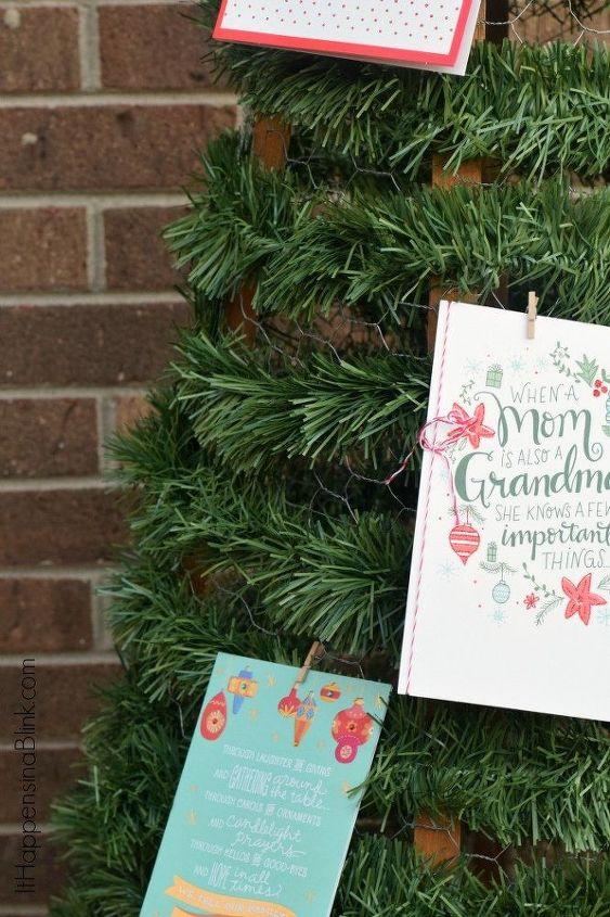 chicken wire christmas card tree, christmas decorations, seasonal holiday decor