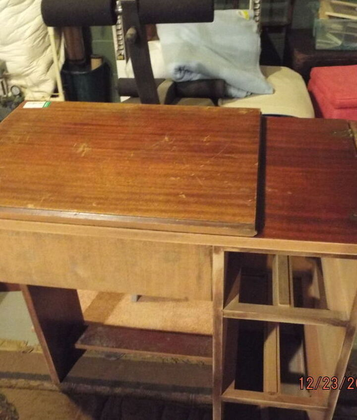 goodwill score for my kids christmas repuposed sewing table, painted furniture