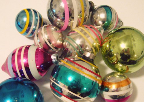 collecting vintage shiny brite christmas ornaments christmas decorations seasonal holiday decor - Vintage Shiny Brite Christmas Ornaments