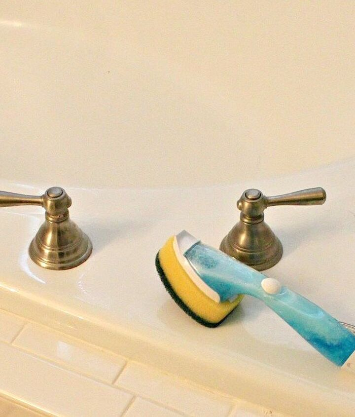 s 10 tiny changes to cut your cleaning routine in half, cleaning tips, Keep dish soap vinegar in the shower