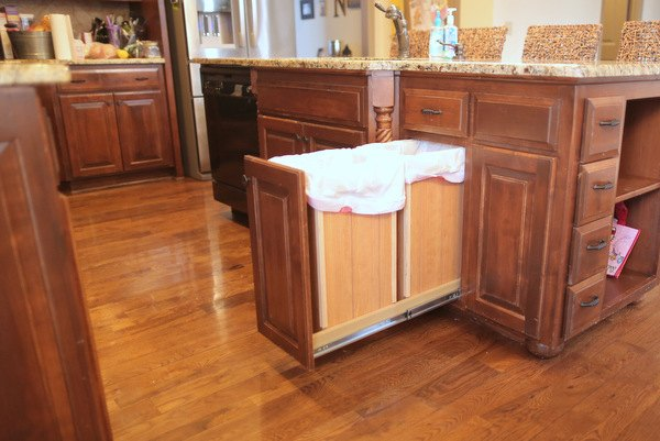 diy pull out trash and recyling bin, diy, kitchen design, storage ideas, woodworking projects