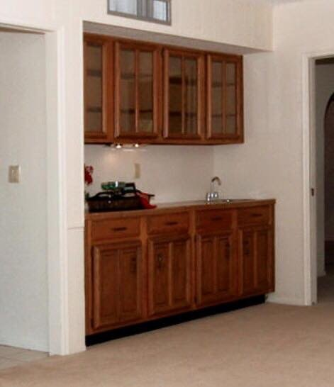 a bar backsplash with a 1920s vibe, kitchen backsplash, kitchen design, wall decor, The bar BEFORE