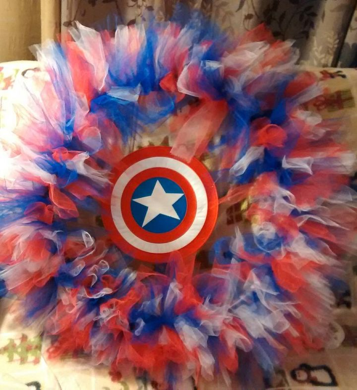The finished Captain America wreath.