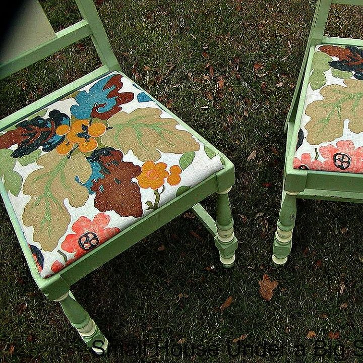 s 13 stunning vintage fabric ideas that ll send you to the thrift store, crafts, repurposing upcycling, reupholster, Linen Curtains to Chair Seats