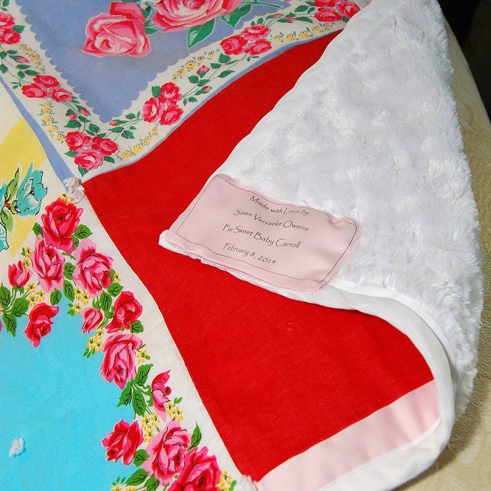 s 13 stunning vintage fabric ideas that ll send you to the thrift store, crafts, repurposing upcycling, reupholster, Handkerchiefs to Quilt