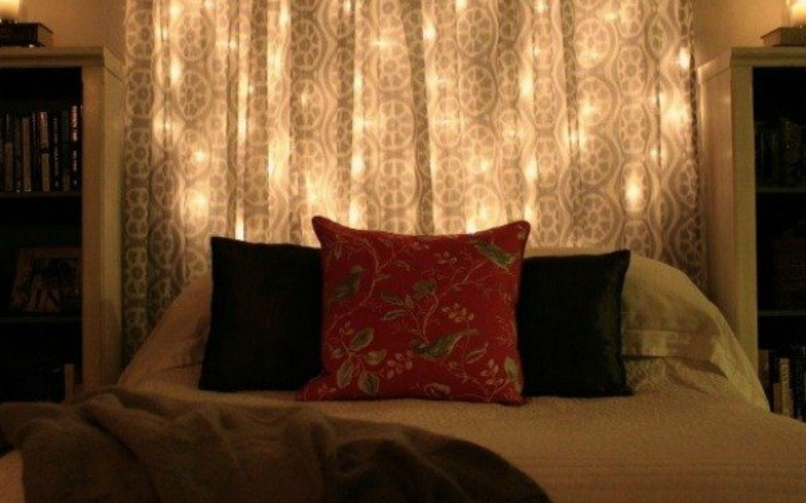 bedroom lights string 14 string light ideas that are cozier than your bed hometalk 10546