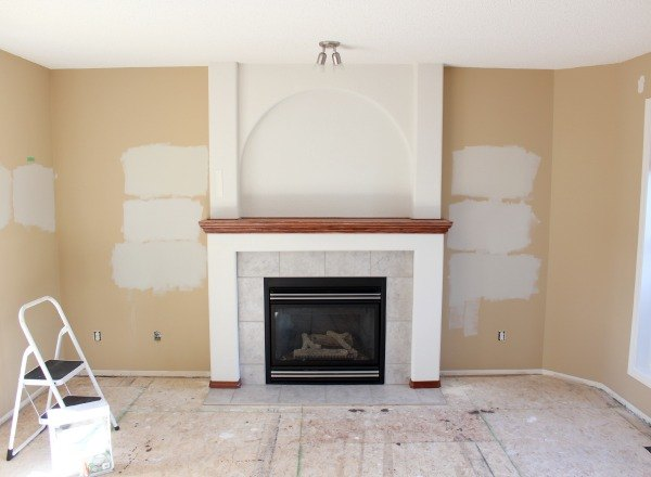 https://cdn-fastly.hometalk.com/media/2016/01/11/3167451/freshen-up-your-living-room-with-paint-living-room-ideas-painting.jpg?size=786x922&nocrop=1