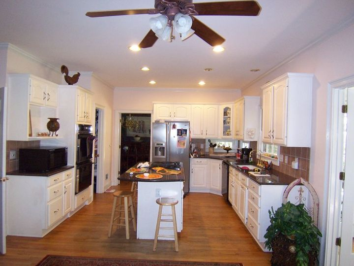remodel recycle enjoy, home decor, kitchen backsplash, kitchen design, The Kitchen Prior To The Remodel