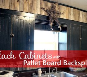 Black Chalkboard Cabinets With Pallet Backsplash, Chalk Paint, Kitchen  Backsplash, Kitchen Cabinets,