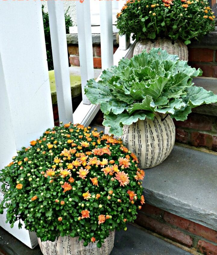 The best makeover for a $1 plastic pumpkin!  http://eclecticallyvintage.com/2012/09/fall-porch-diy-pumpkin-topiaries/