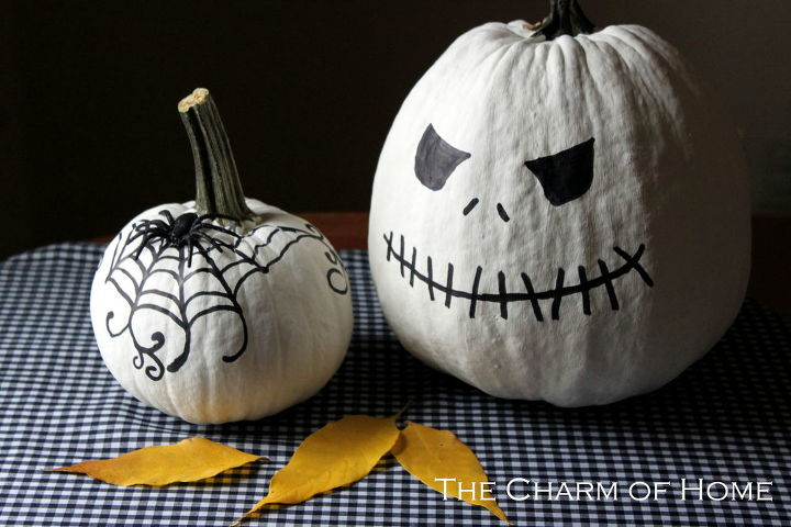 chalk paint pumpkins, chalk paint, painting, seasonal holiday decor, Chalk Paint Pumpkins