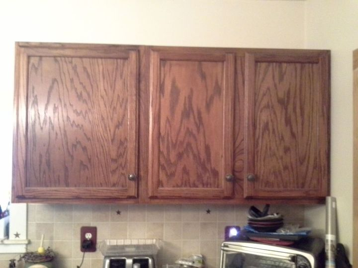 kitchen cabinet redo on a budget, chalk paint, kitchen cabinets, kitchen design, painted furniture, Before