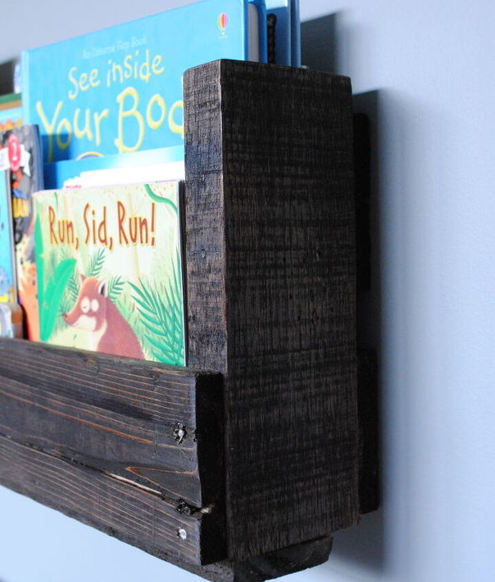 how to make a pallet bookshelf, pallet, storage ideas