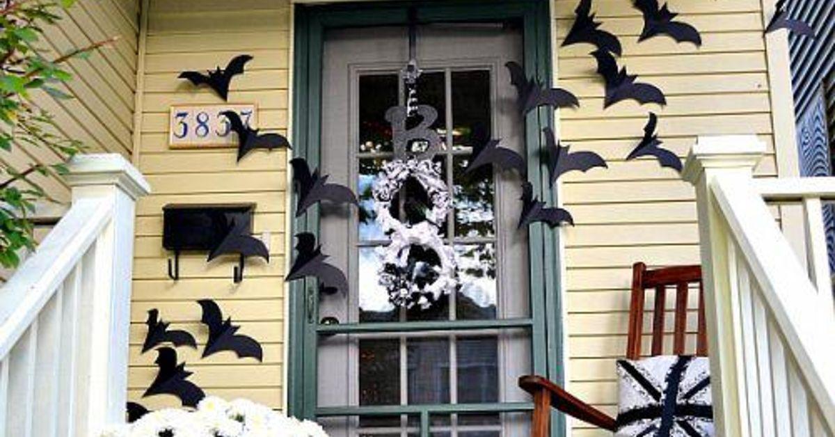 Bats On The Door Decor For Halloween Hometalk