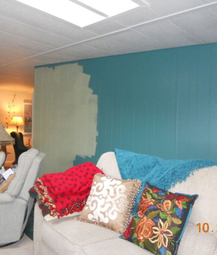 q my living room wall no longer teal, paint colors, painting, wall decor