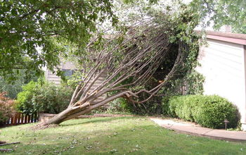 Storm Damage? Here are 10 guidelines to hire a contractor after a natural disaster.