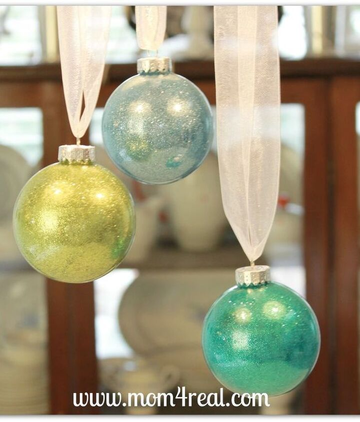 Now you have beautiful ornaments with the glitter on the inside...no mess!