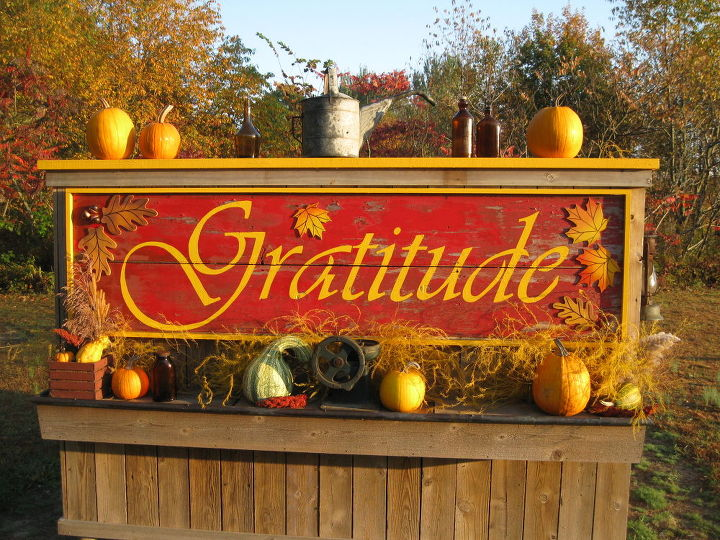happy thanksgiving may this day of gratitude fills your hearts throughout the, seasonal holiday d cor, thanksgiving decorations