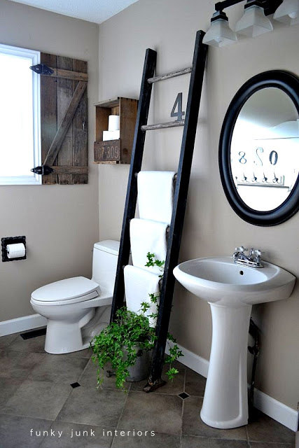 I love you big wide open spaces (NON HONKIN' VANITY) bathroom!