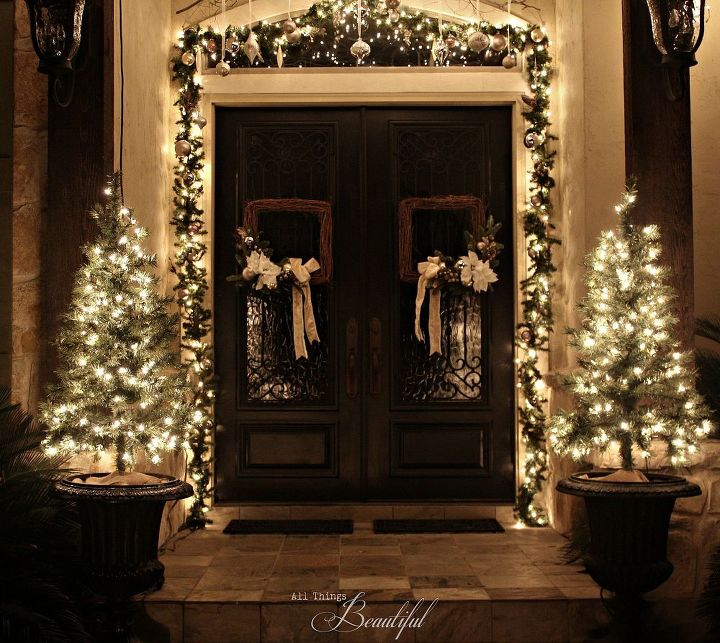 Christmas Porch and Front Door Garland DIY | Hometalk