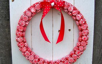 Christmas Peppermint Wreath