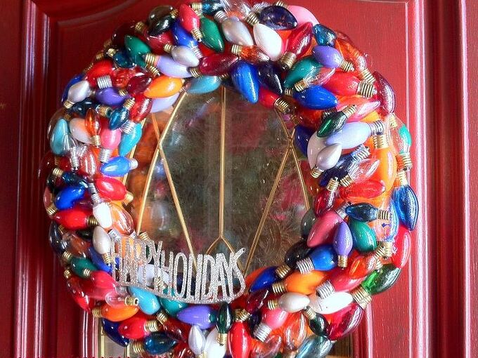 christmas wreath made from burnt out christmas lights, crafts, seasonal holiday decor, wreaths, Wreath made from burnt out Christmas lights