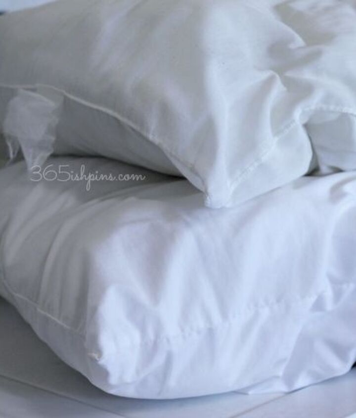 how to wash and whiten pillows, cleaning tips, how to