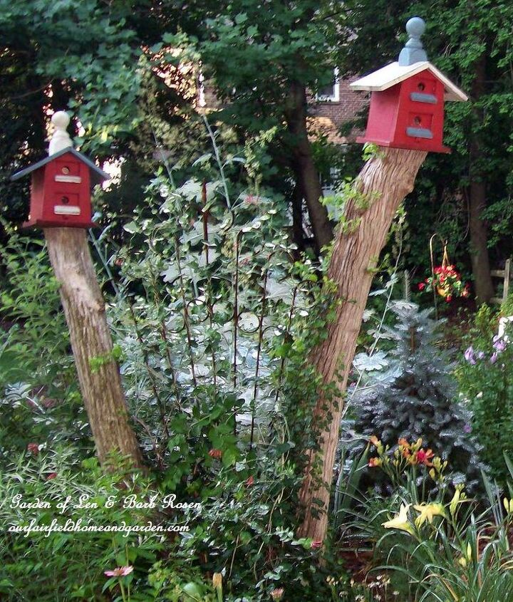 Highrise Birdhouses http://www.hometalk.com/554626/leave-tree-stumps-for-your-birdhouses