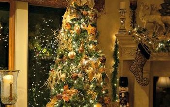 Golden Elegance Christmas Decor