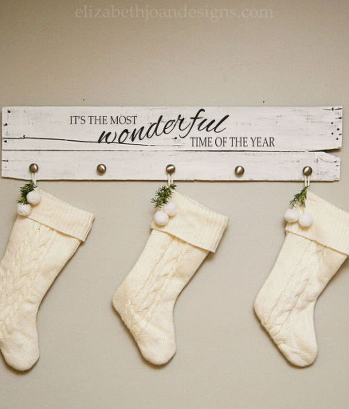 how to make a stocking hanger from a wood board, chalk paint, christmas decorations, painting, repurposing upcycling, seasonal holiday decor, woodworking projects