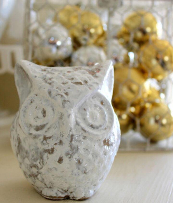 how to paint a small owl, christmas decorations, crafts, seasonal holiday decor