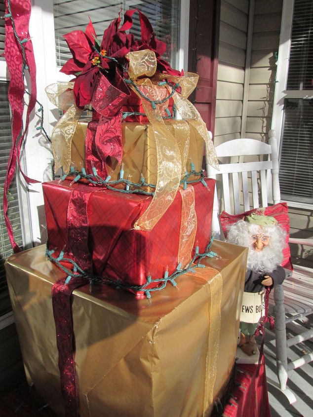 Wonderful How to Make a Present Christmas Tree out of Recycled Boxes | Hometalk VH31