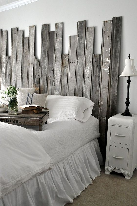 Reclaimed Wooden Headboard Home Decor Woodworking Projects Salvaged Boards Create An Interesting Rustic