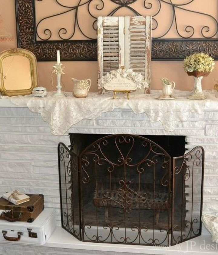 white fireplace amp mantel decor, fireplaces mantels, seasonal holiday d cor