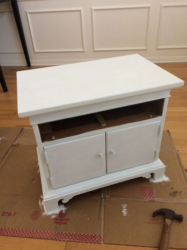 diy nightstand makeover using annie sloan chalk paint, chalk paint, painted furniture