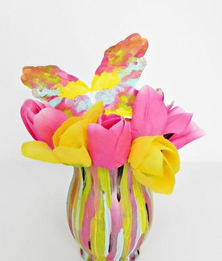 Fashion Designer Inspired Spring Vase  http://www.madincrafts.com/2013/02/fashion-designer-inspired-spring-vase.html