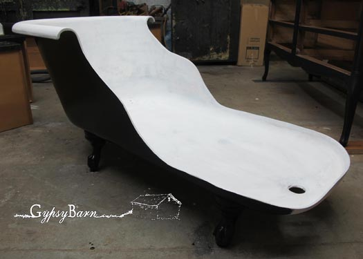 Clawfoot tub to chaise lounge hometalk - Painted clawfoot tub exterior pict ...