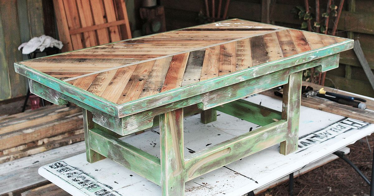 Http Beachbumlivin Com Pallet Wood Coffee Table Hometalk