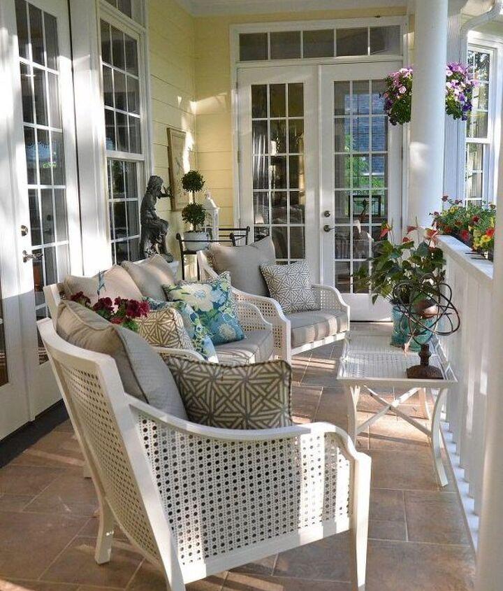 Furniture by Hampton Bay