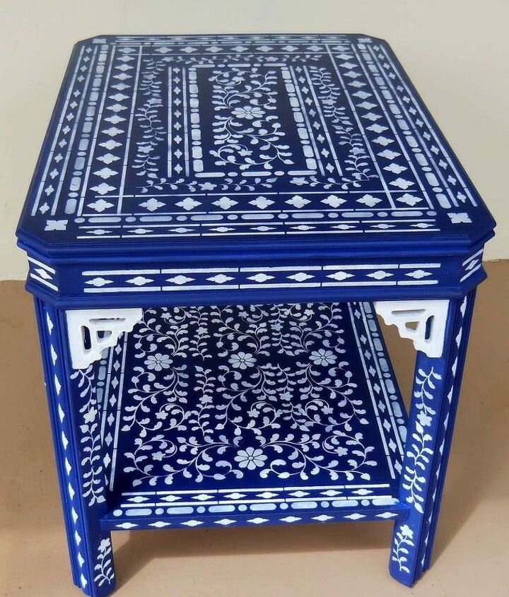 My blue uber Stenciled Table. I call it Festooned