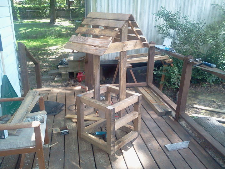 wishing well all scrap wood, diy, woodworking projects