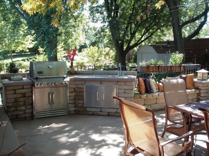 outdoor kitchen, concrete masonry, diy, outdoor living, patio, Outdoor Kitchen After