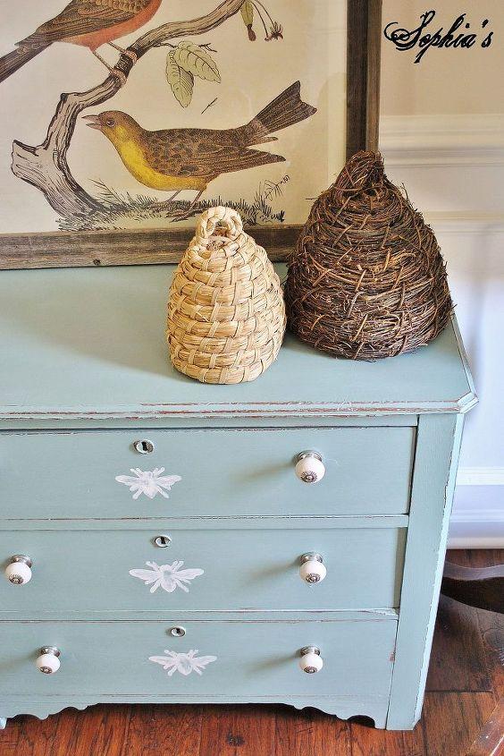 painted honeybee dresser, painted furniture