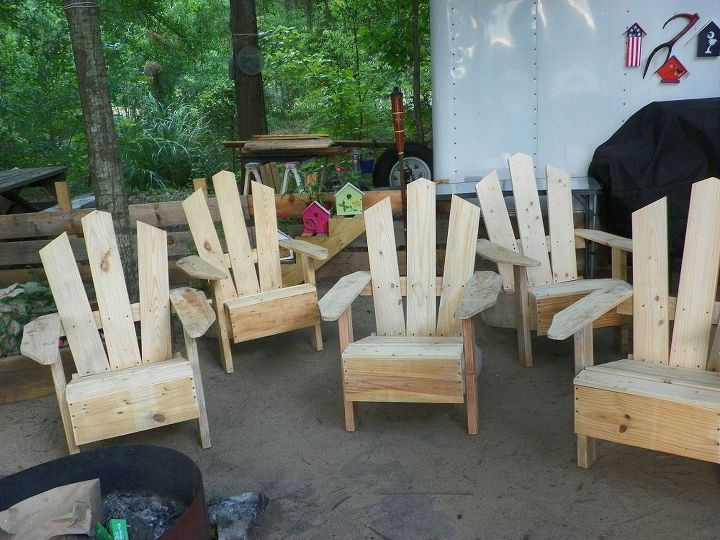 Some one say Pallet Chairs(: