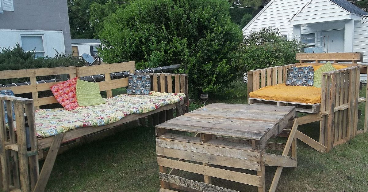 outdoor furniture from pallets hometalk
