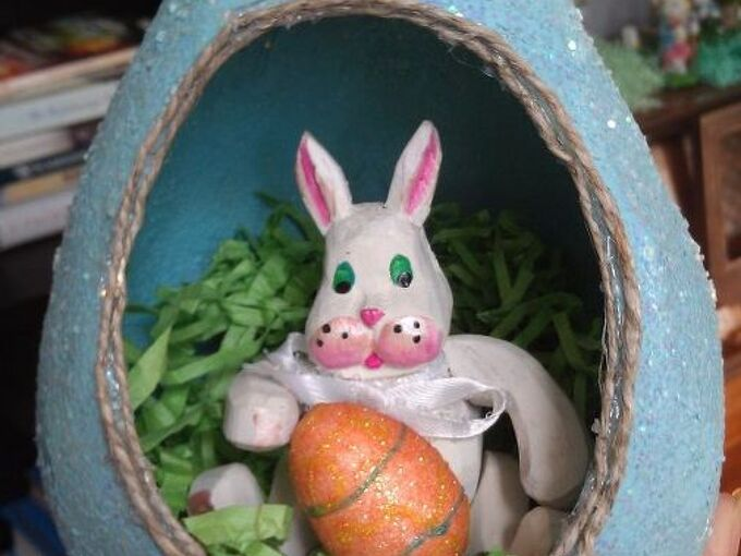 paper mache easter eggs, crafts, easter decorations, how to, repurposing upcycling, seasonal holiday decor