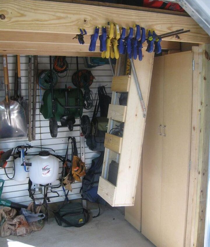 """Drop down storage """"lifts"""" tools out of the way!"""