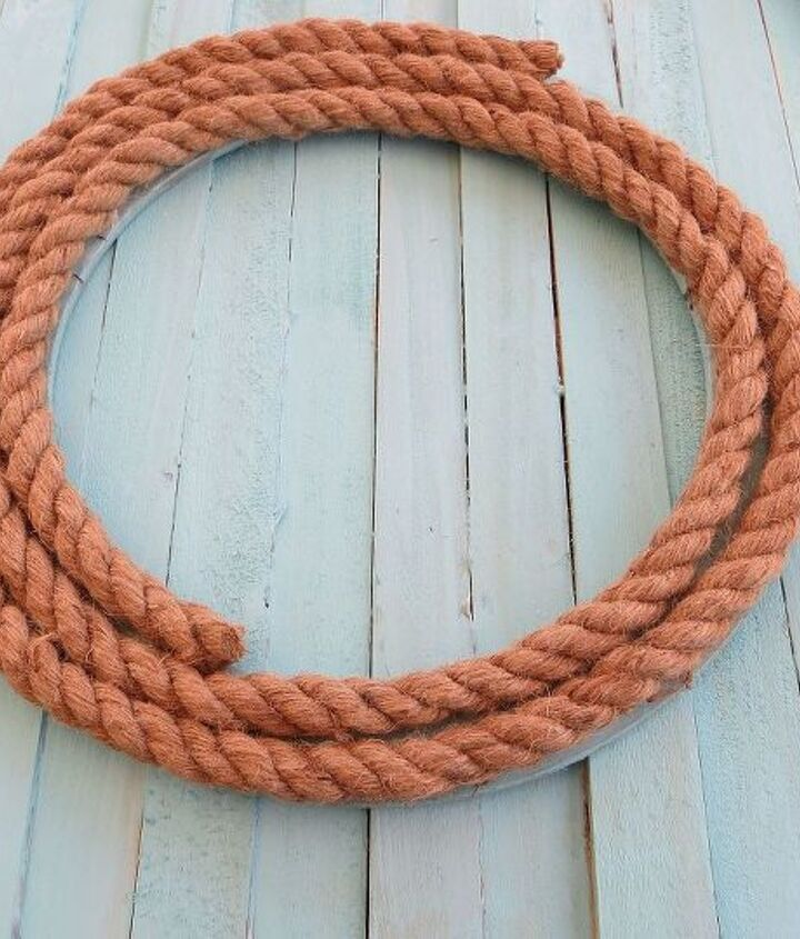 This rope from the craft store adds a nautical touch to the 'wreath'!