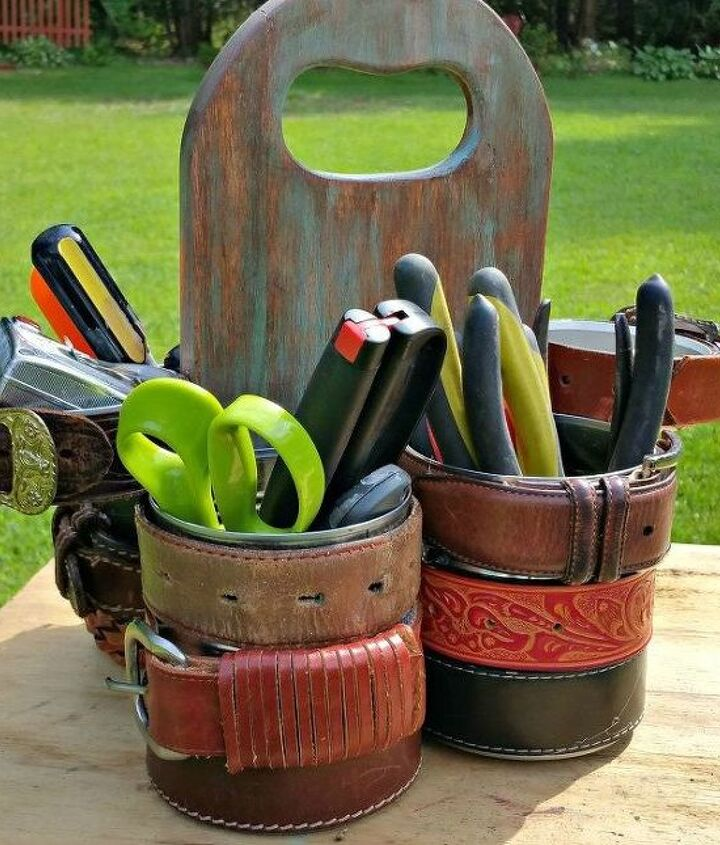s 15 empty tin can hacks that will make your home look amazing, crafts, home decor, repurposing upcycling, Use a few cans to make a tool caddy