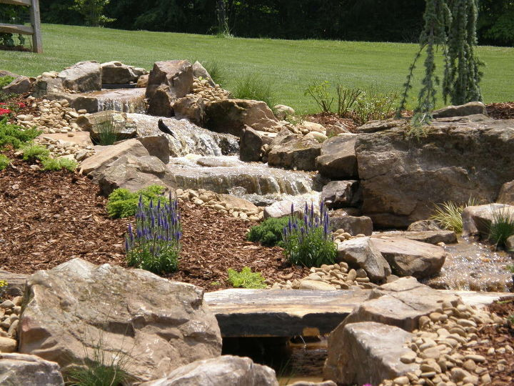 The sights -- and sounds -- of this pondless waterfall project are beautiful!